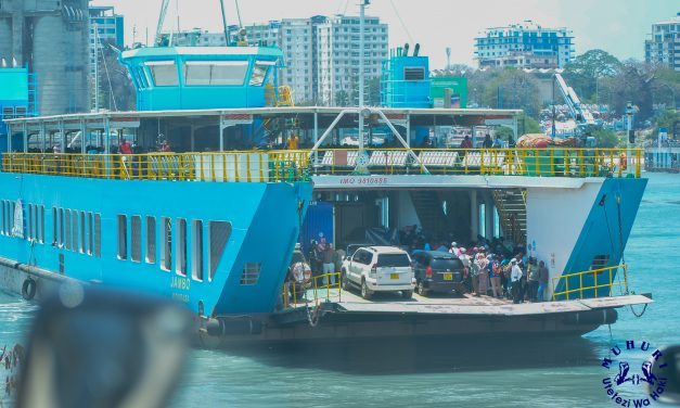 MUHURI sues to stop MPESA-only toll at Likoni channel
